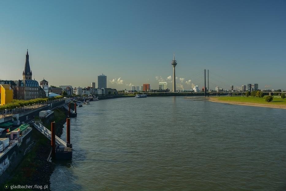 Düsseldorf o poranku