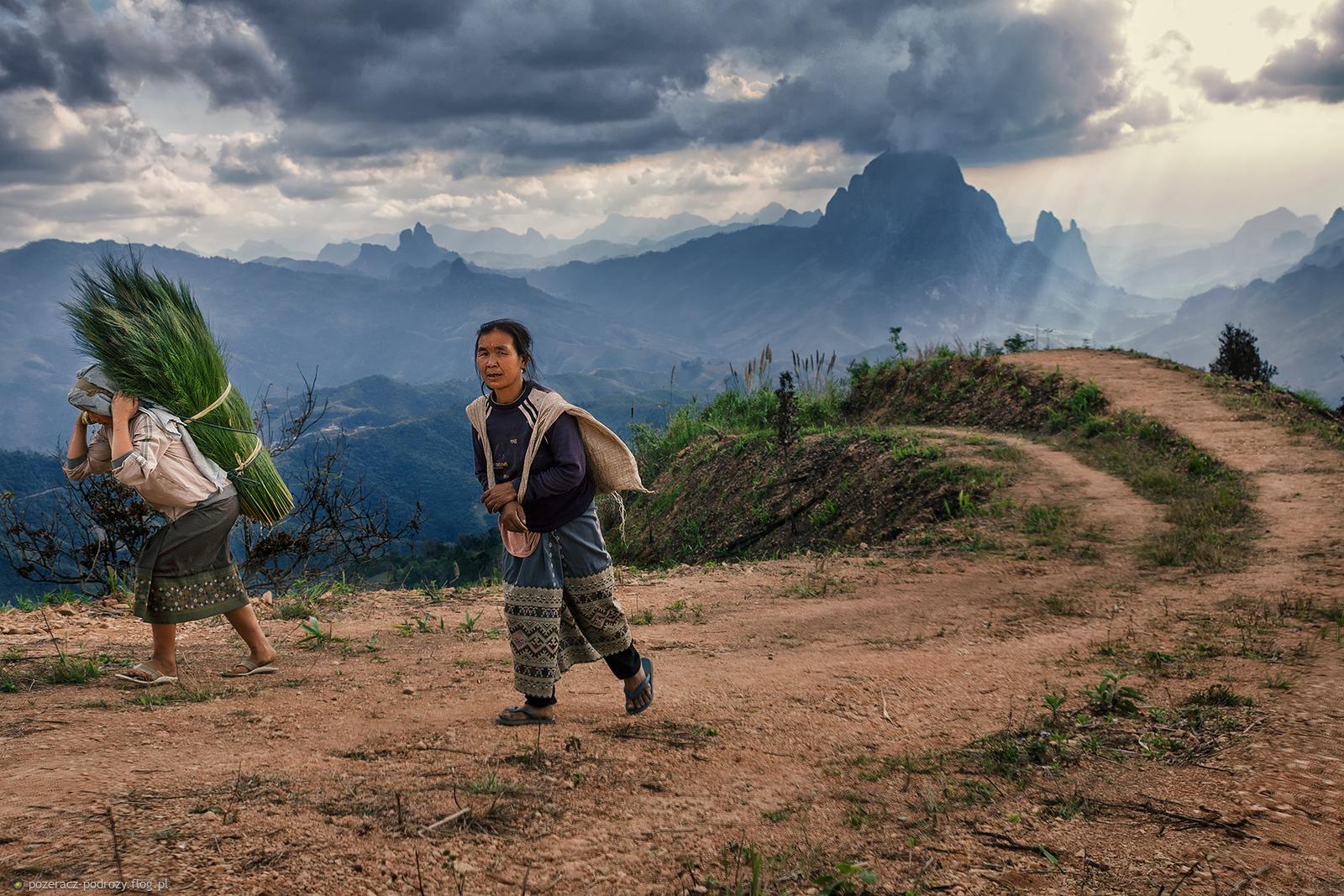 w górach Laosu