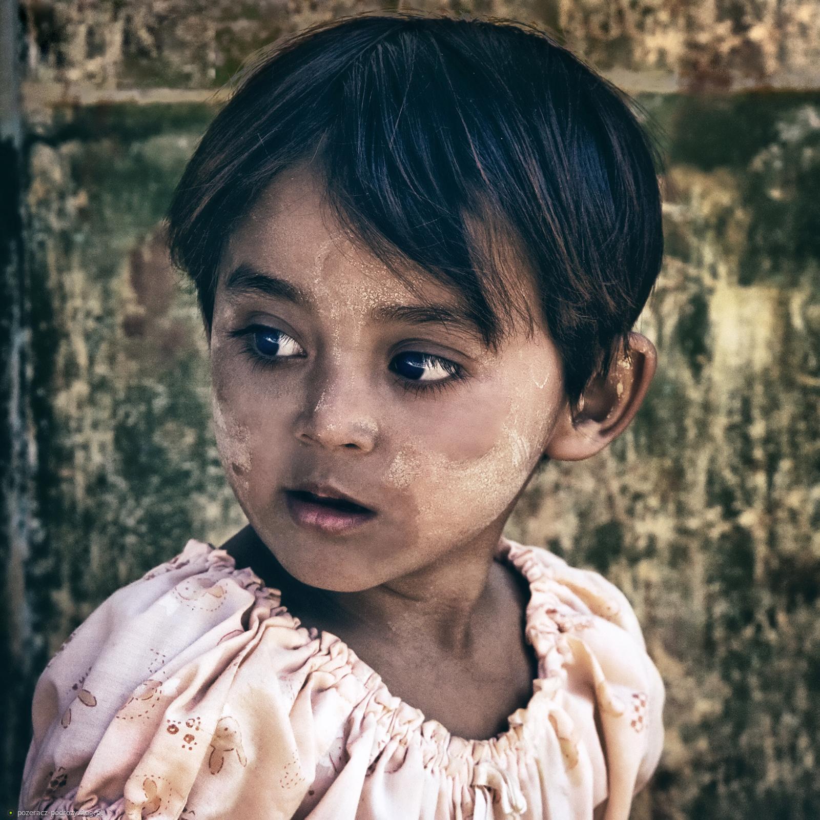 dziewczynka z Heho.