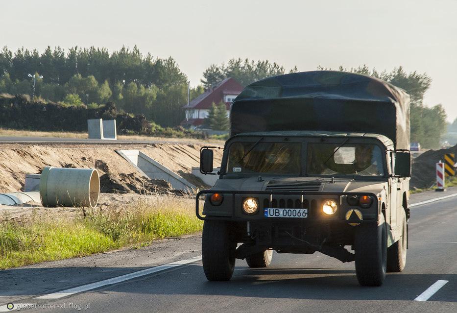 AM General M998 Humvee HMMWV