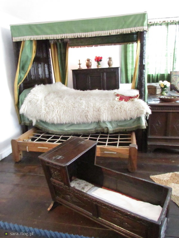 old bed room