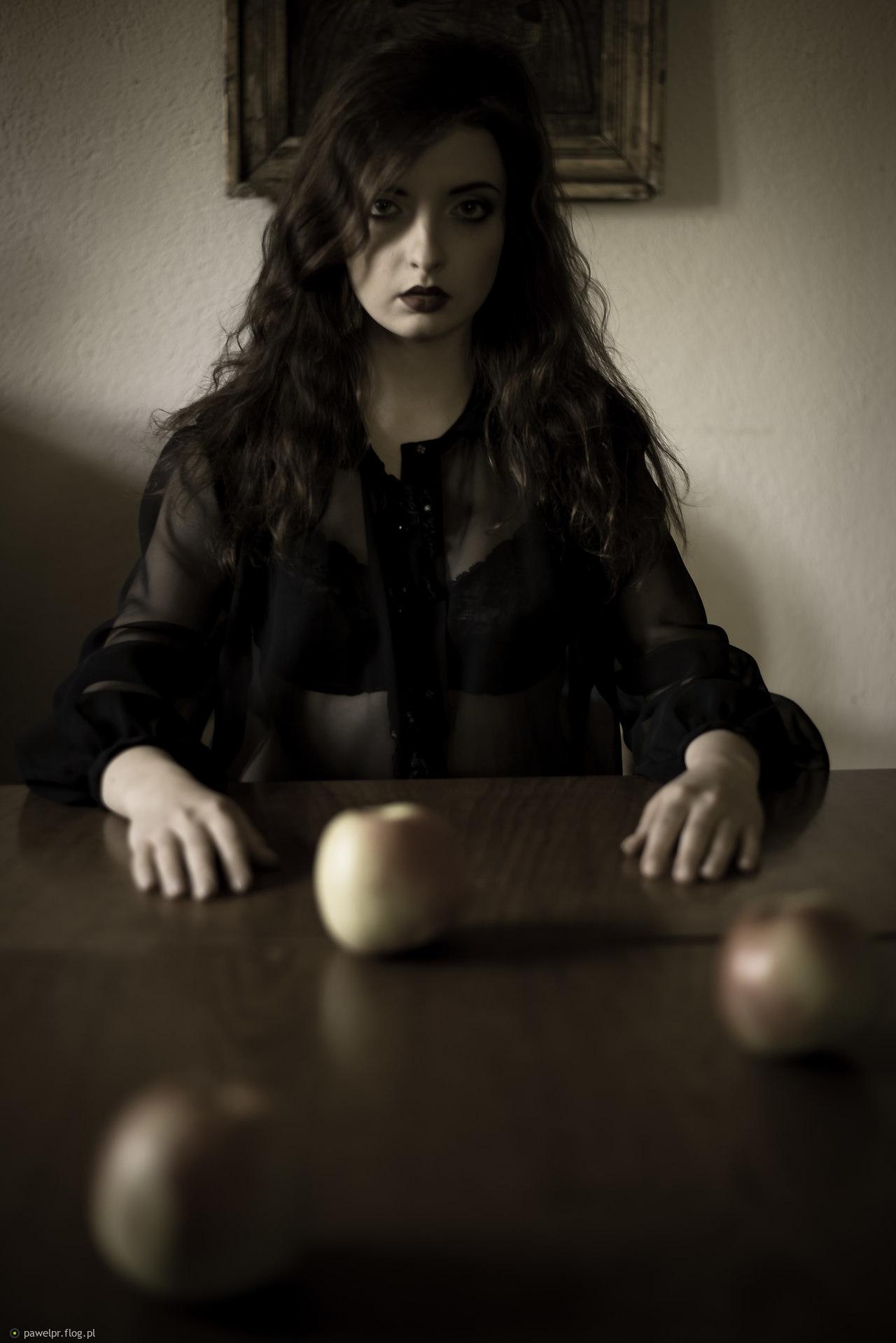 Sandra i jabłka.... czy to nowe kuszenie?