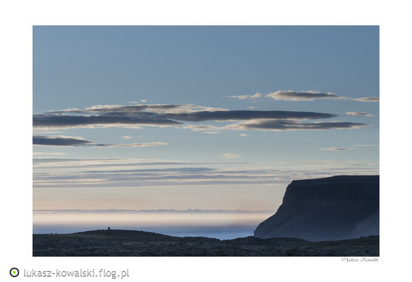 http://s24.flog.pl/media/foto_middle/12143964_islandia-21--islandia-20171.jpg