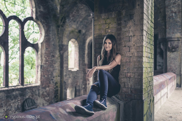 http://s24.flog.pl/media/foto_middle/12145166.jpg