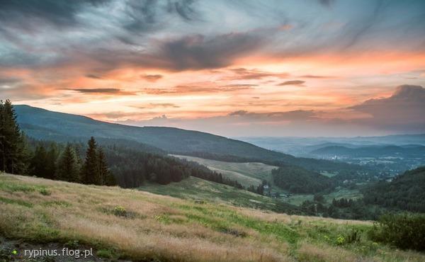 http://s24.flog.pl/media/foto_middle/12146967_kowary.jpg