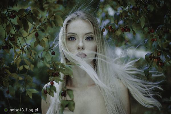http://s24.flog.pl/media/foto_middle/12179420_zuzanna.jpg