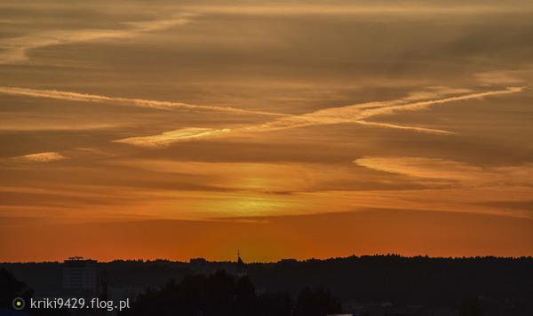 http://s24.flog.pl/media/foto_middle/12200376_gdanski-wrzesniowy-zachod-slonca--dobrego-wieczoru-wam-zycze--.jpg