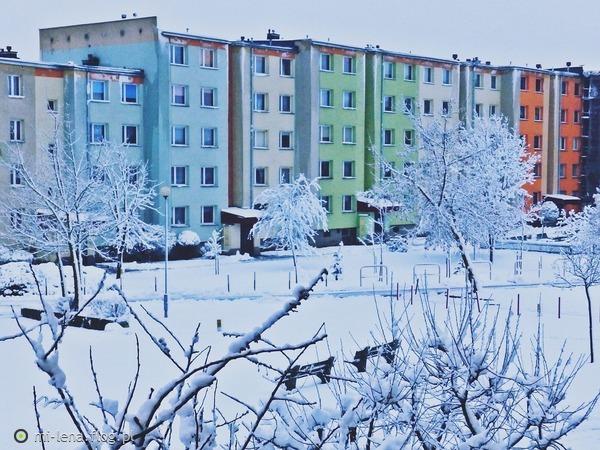 http://s24.flog.pl/media/foto_middle/12290639_jesienia-o-poranku.jpg