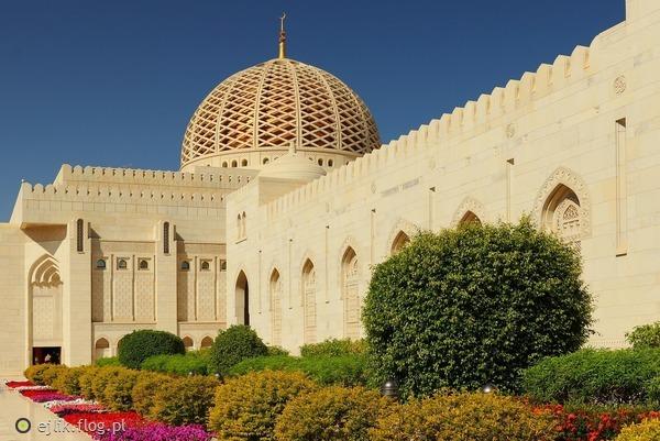 http://s24.flog.pl/media/foto_middle/12317055_wielki-meczet-odslona-i.jpg