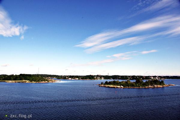 http://s24.flog.pl/media/foto_middle/12346336_szwecja-w-drodze-do-karlskrony-cz12.jpg