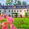 Pałac Pakoszów  :: Barokowy pałac położony w<br /> pobliżu rzeki Kamienna w<br /> granicach miasta Piechow<br />ice w powiecie jeleni