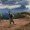 w górach Laosu :: Kobiety spotkane w górach<br /> niedaleko trasy z Vangvi<br />eng do Luangprabang.