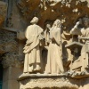 Fasada Narodzenia Pańskie<br />go w Katedrze Sagrada Fam<br />ilia w zbliżeniach i z od<br />dali.
